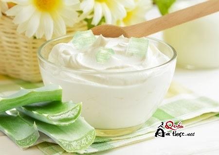 sua-chua-nha-dam Cách làm sữa chua nha đam tại nhà ngon nhất