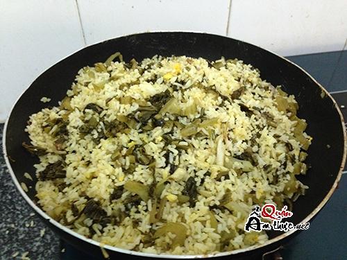 com-chien-dua-chua-thit-bo Cách làm cơm chiên dưa bò ngon nhất