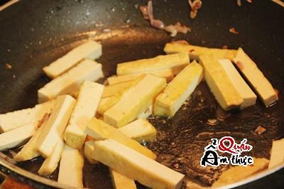 gia-xao-dau-hu-1 Cách làm giá xào đậu hũ ngon