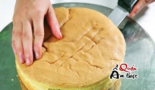 cach-lam-banh-kem-bap-bang-noi-com-dien-1 Cách làm bánh kem bắp ngon và đơn giản