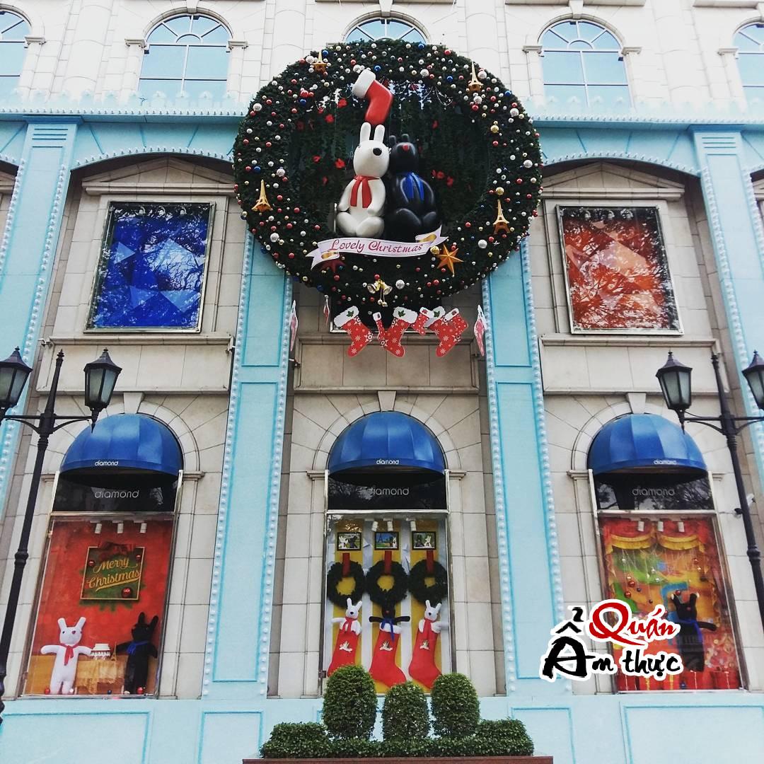 4-noi-chup-hinh-noel-dep-o-sai-gon-6561 4 nơi chụp hình Noel đẹp ở Sài Gòn