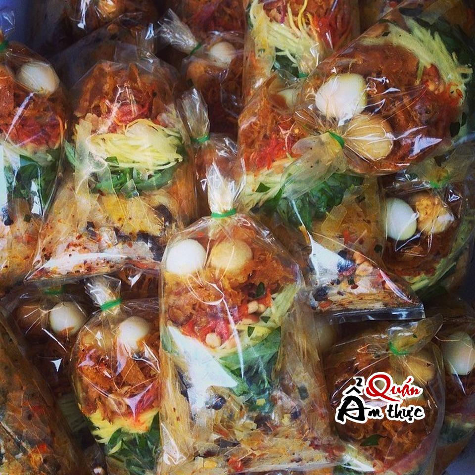 8 quán ăn vặt ngon rẻ ở Sài Gòn