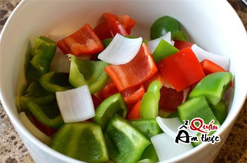cach-lam-bo-luc-luac Cách làm bò lúc lắc khoai tây ngon mềm