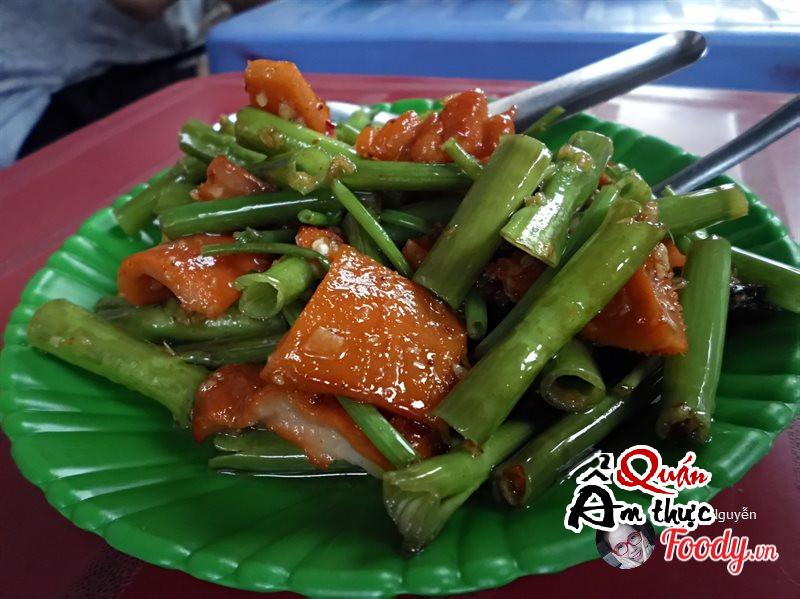 Danh sách 8 quán ăn vặt ngon rẻ ở Sài Gòn