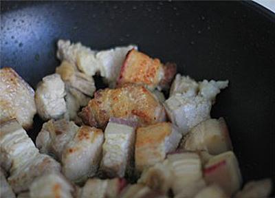 khoai-so-kho-thit-1 Cách làm thịt heo kho khoai sọ ngon đậm đà