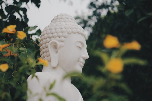 phat-hien-ngoi-chua-tren-doi-view-bien-vung-tau-tuyet-dep-it-nguoi-biet-den-799715