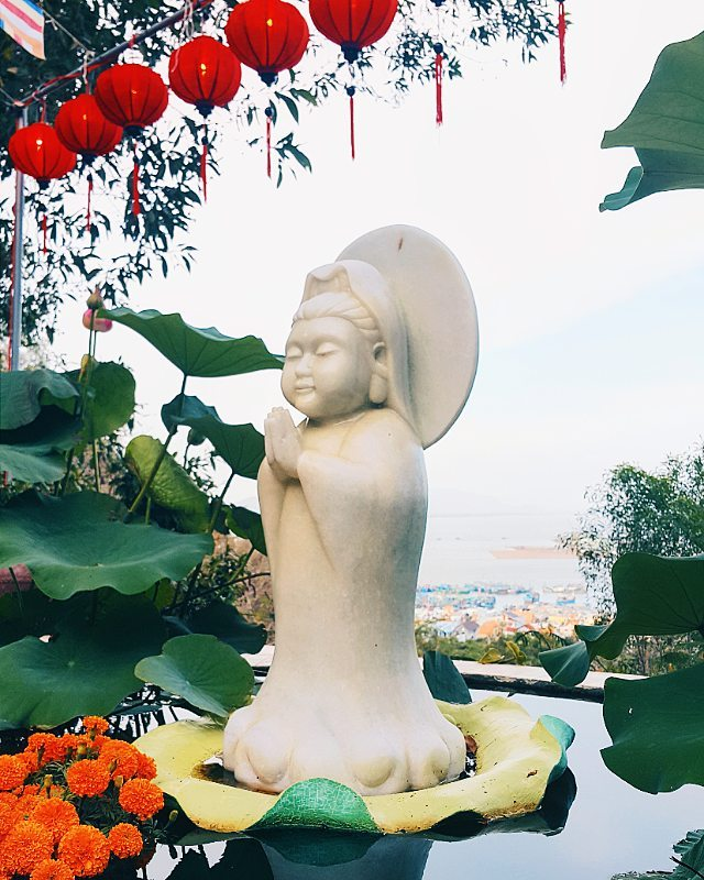 phat-hien-ngoi-chua-tren-doi-view-bien-vung-tau-tuyet-dep-it-nguoi-biet-den-799716