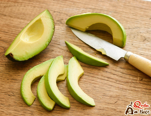 cach-cat-bo-nhanh-3 Bí quyết cách cắt bơ nhanh gọn, đẹp & dễ làm nhất
