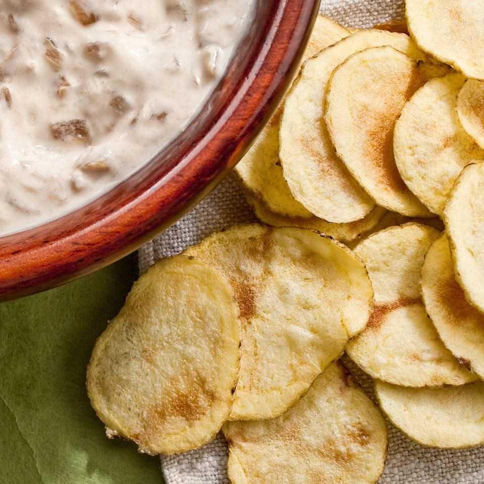 cach-lam-snack-khoai-tay-voi-4-mui-vi-ngon-me-long-nguoi-8993 Cách làm snack khoai tây với 4 mùi vị ngon mê lòng người