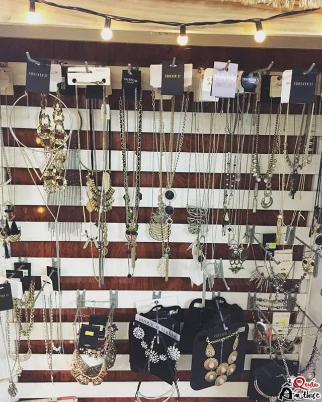 5-shop-ban-phu-kien-trang-suc-dep-tphcm Đến ngay 5 Shop bán phụ kiện trang sức ở TPHCM