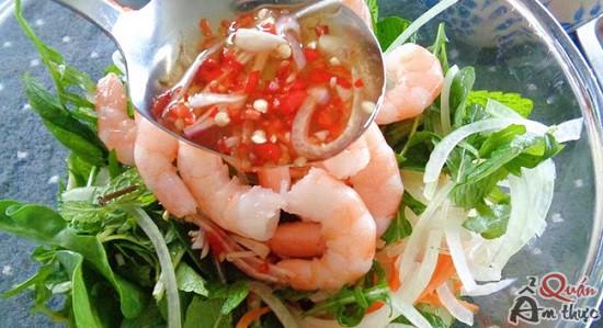 cach-lam-goi-kho-qua-1 Cách làm khổ qua tôm chua ngọt, giòn ngon