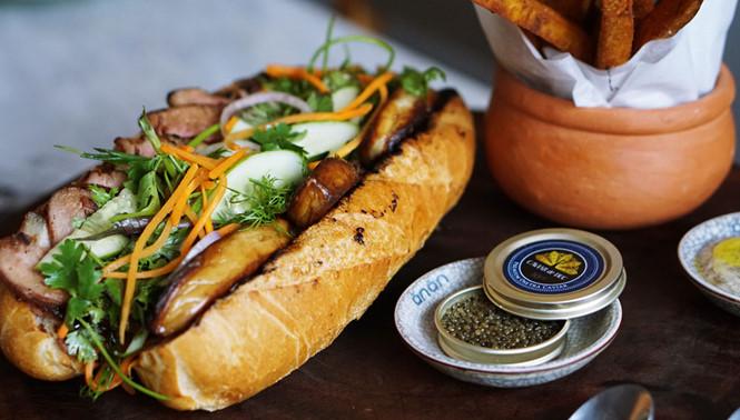 banh_mi4_uqns Bánh mì 'siêu đắt' giá hơn 2,2 triệu đồng/ổ ở TP.HCM
