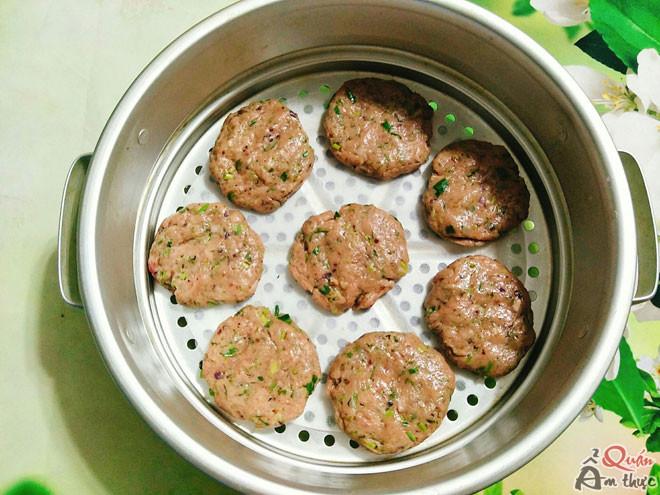 cach-lam-cha-ca-thu-1 Cách làm chả cá thu ngon, thơm, nóng hổi